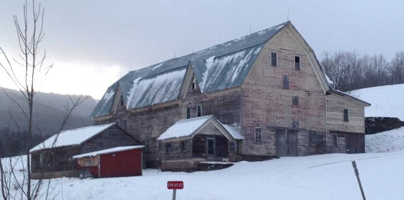 Snowy Barn photo
